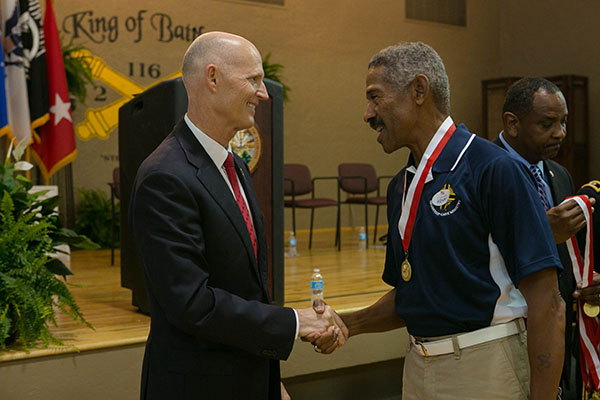 Gov Scott Honors Veterans in Winter Haven with Governors Veterans Service Award-3-22-2016